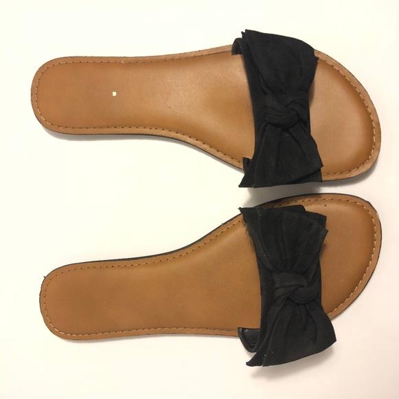 Tru Black Bow Flat Sandals